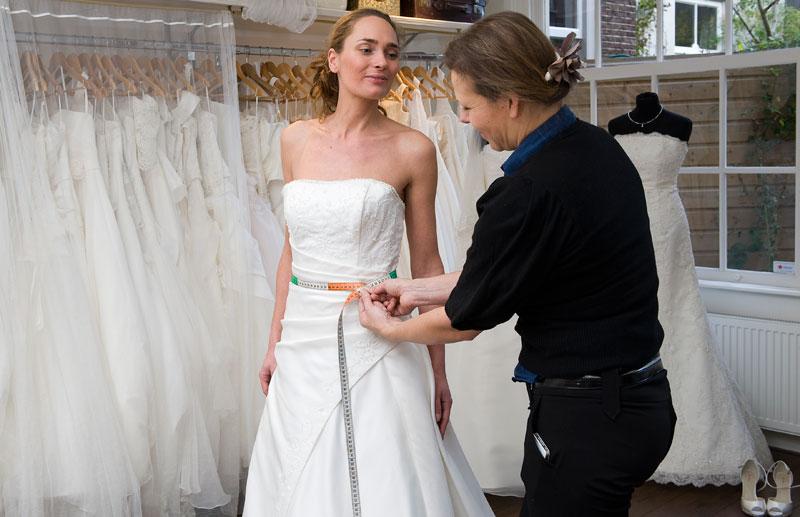 Opmeten bruidjsjurk