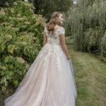 Modeca Curves | Bruidsmode Haarlem